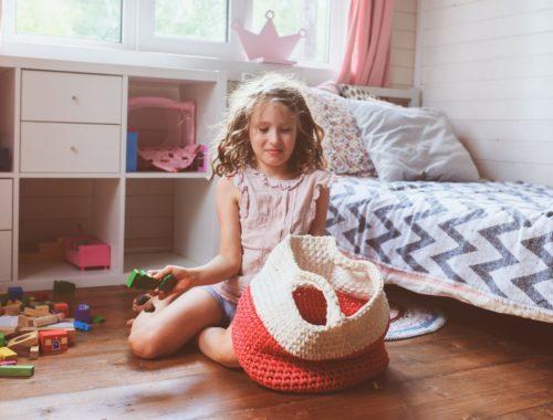 Comment aider les enfants à ranger leurs affaires?